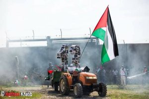 B'lin anarchici contro il Muro